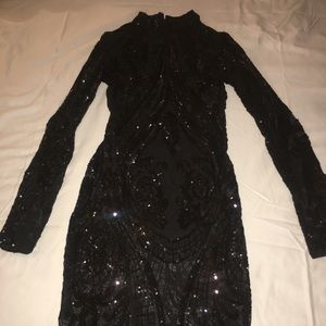 Women black sequence party dress